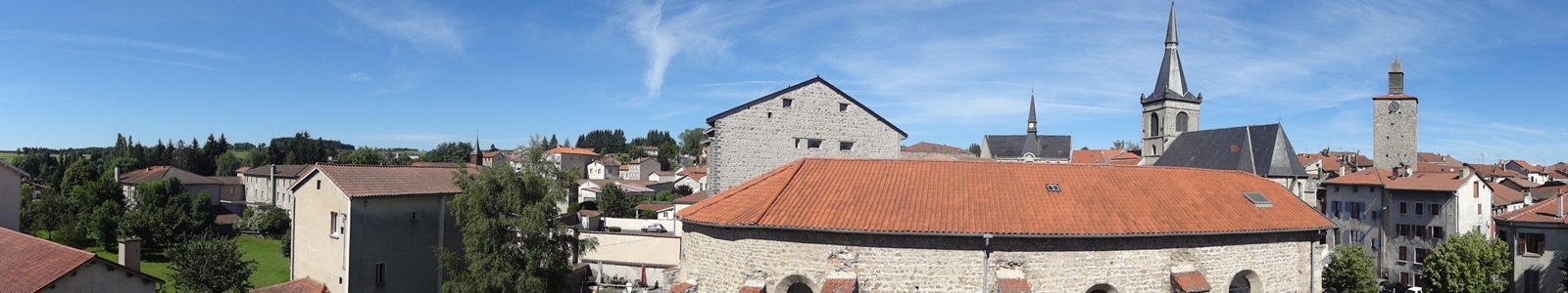Vue des toits de Craponne-sur-Arzon